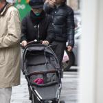 скарлетт йоханссон и ее семья, скарлетт йоханссон и ее дочь, дочь скарлетт йоханссон, скарлетт йоханссон, скарлетт йоханссон 2015, скарлетт йоханссон фан сайт, скарлетт йоханссон сайт, скарлетт йоханссон фан, scarlett johansson, scarjo, scarlett johansson 2015, scarlett johansson fan site, scarlett johansson fan, scarlett johansson site